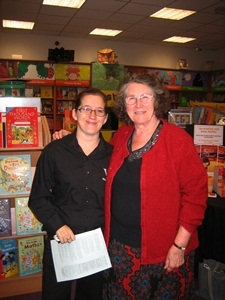 Anna and Jo at talk, Waterstones, Chippenham, August 2011